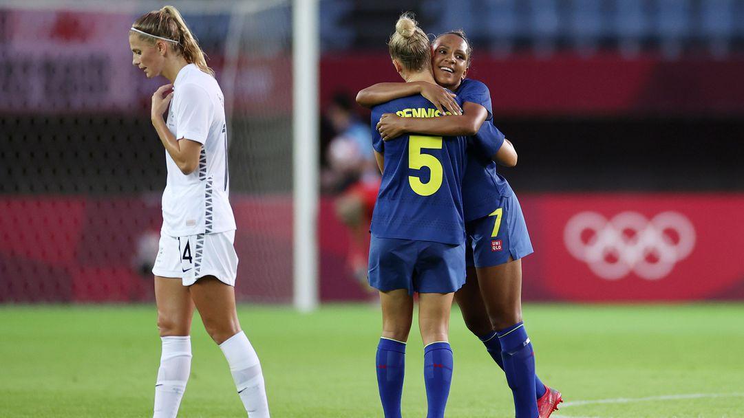 Швеция с трета победа, американките се домогнаха до четвъртфиналите