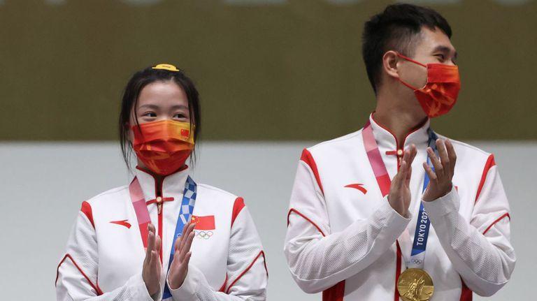 Китай спечели титлата на 10 метра пушка в състезанието за смесени отбори