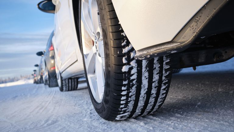 Запознайте се с новото поколение зимни гуми