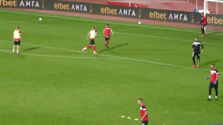 Локо (София) излиза за успех в първото дерби със Славия след завръщането на тима
