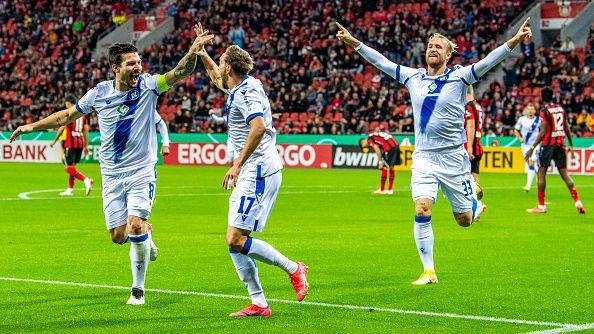 Леверкузен отпадна от Купата на Германия след 1:2 като домакин срещу Карлсруе