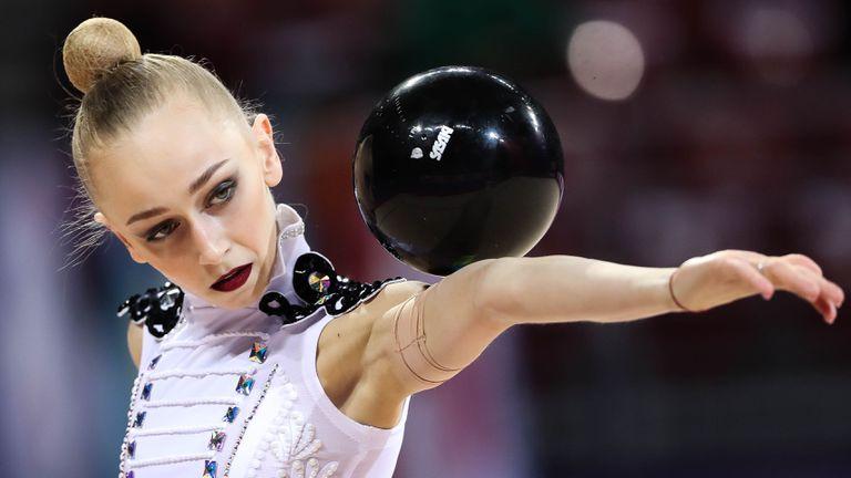 Световна купа по художествена гимнастика - финал топка