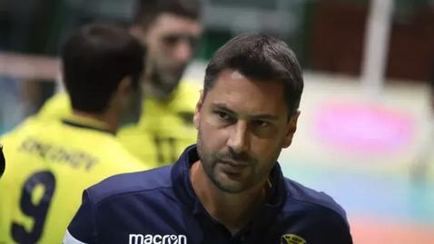 Треньорът, който направи Хебър фактор в българския волейбол, поема Казанлък Волей
