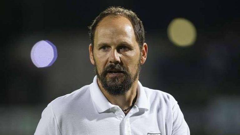 Треньорът на Мура: Очаквам голям натиск, трябва да издържим първите 15-20 минути