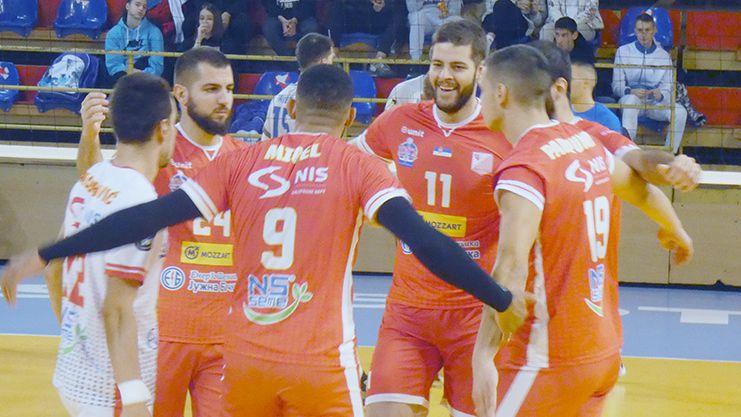 Радо Парапунов с 23 точки, Войводина на полуфинал за Купата на Сърбия