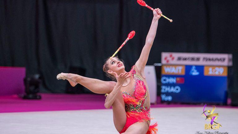 България с две финалистки в многобоя и три финала на бухалки и лента