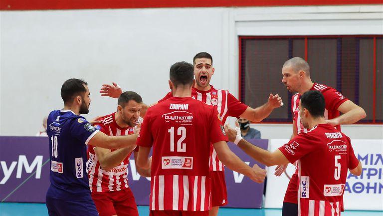 Олимпиакос е следващото препятствие пред Хебър по пътя към групите на Шампионската лига