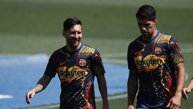 Суарес: Ако Меси ме попита, ще му кажа, че не трябва да напуска Барселона