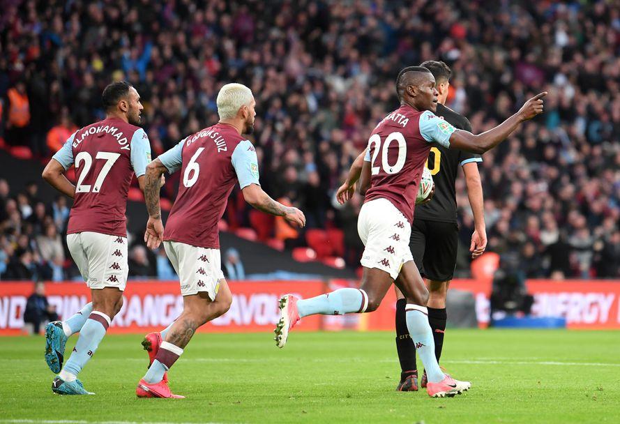 Манчестър Сити вдигна Купата на лигата на Англия