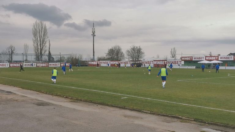 Септември ще догонва ЦСКА 1948 срещу Черноморец