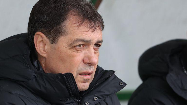 Хубчев: Отборът беше уморен, журналистите създават напрежение в Левски