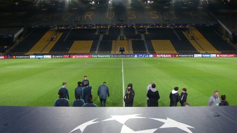 Дортмунд и Шалке излизат на празен стадион