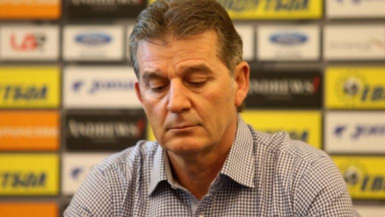 Емил Костадинов отговори на обвиненията на Христо Крушарски