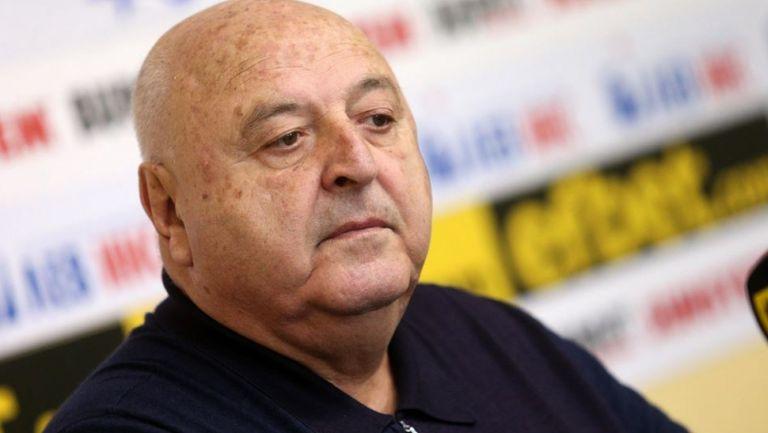Венци Стефанов: Шампионатът ще се доиграе от 1 или 15 май