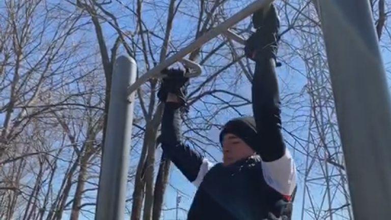 Донски тренира здраво при семейството в Канада