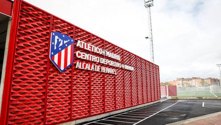 Атлетико Мадрид намалява заплатите