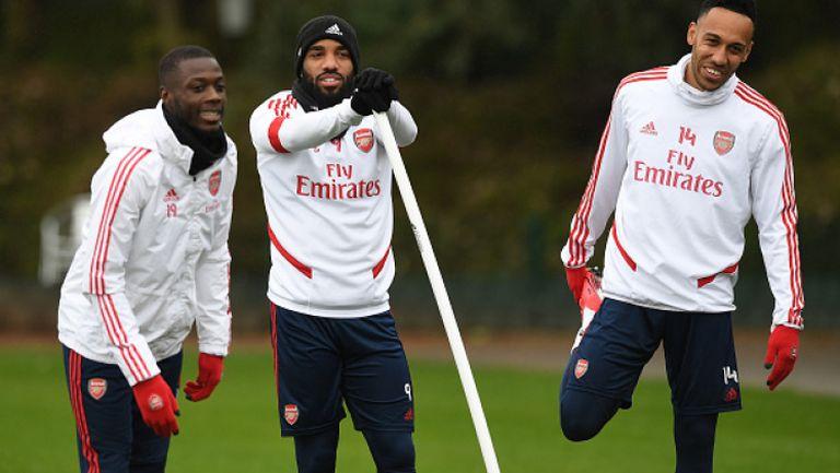 Един от водещите отбори в Англия подновява тренировки