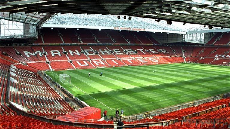 Манчестър Юнайтед ще увеличи капацитета на стадиона си