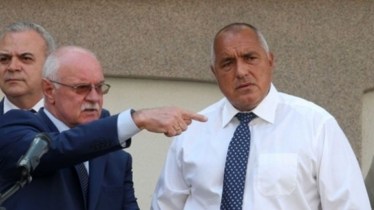 Бойко Борисов отказа да приеме акциите на Левски