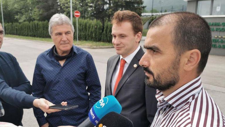 Претендентите за Първа лига ще се съобразят с БФС