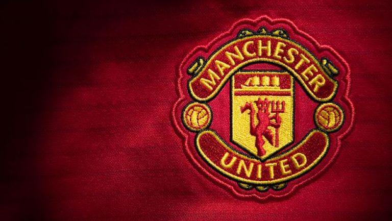 Манчестър Юнайтед с молба към феновете си