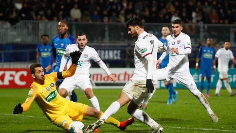 ФК Бург Перона - Лион 0:7