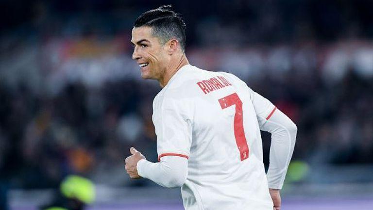 Роналдо финтира Смолинг по впечатляващ начин