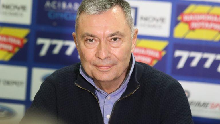 Георги Попов: Две фирми завеждат дела срещу Левски