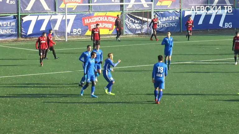 Левски - Локомотив (Сф) 5:0 (2003 г. контролна среща)