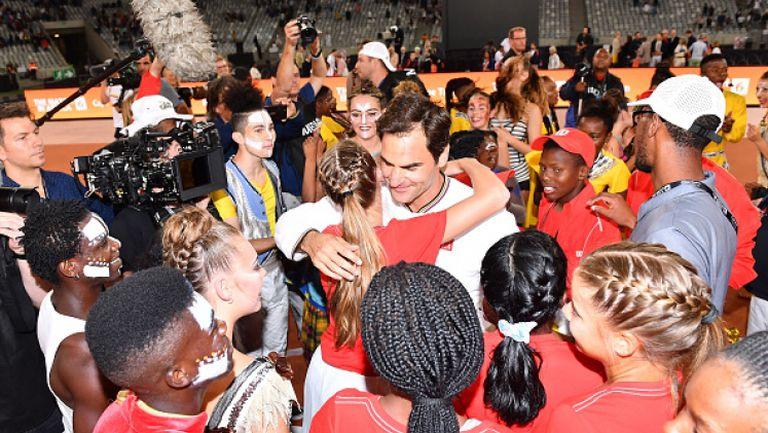 Федерер победи Надал в благотворителен двубой