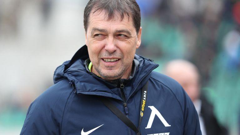 Хубчев: Няма как да не съжаляваме за изпуснатата победа