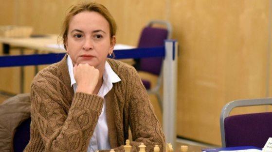 Антоанета Стефанова загуби втората партия с Александра Горячкина