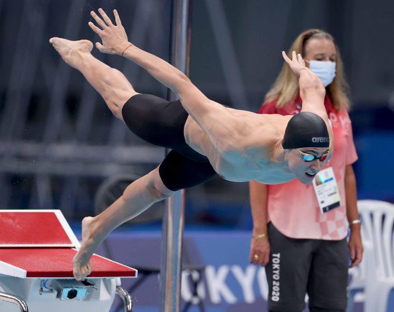 Йосиф Миладинов с 6-то време в сериите на 100 м бътерфлай на Игрите в Токио