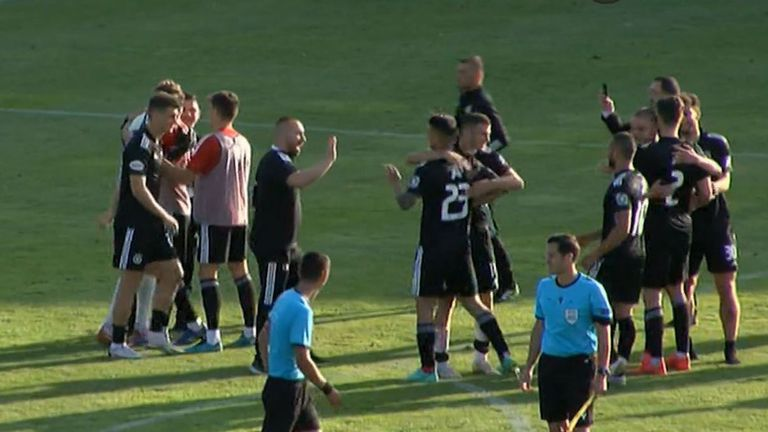 Решителните спасявания на Бусато при дузпите, след които ЦСКА - София се озова в третия кръг на Лигата на конференциите