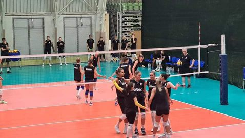 Волейболистките победиха категорично Румъния в контрола🏐