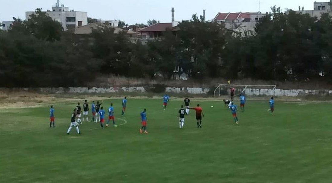 Локомотив II поведе с 2 гола при визитата си на Асеновец, но след това допусна 7