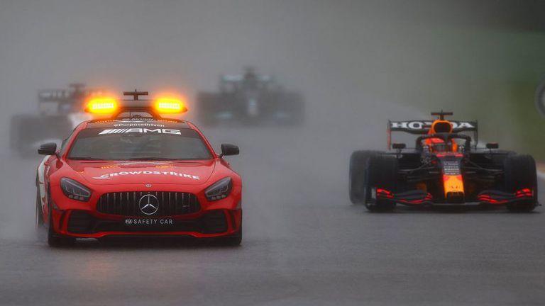 Верстапен спечели Гран При на Белгия без дори да се състезава