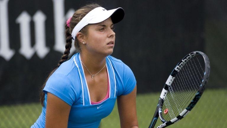 Томова срещу квалификантка в Лион