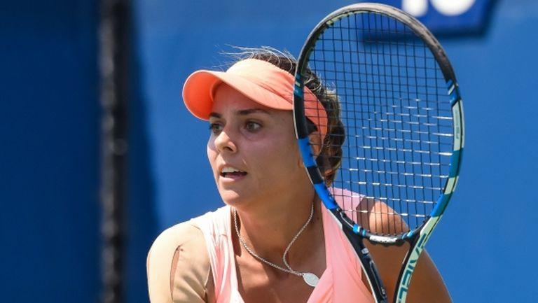 Виктория Томова стартира срещу полякиня на турнира на WTA в Лион