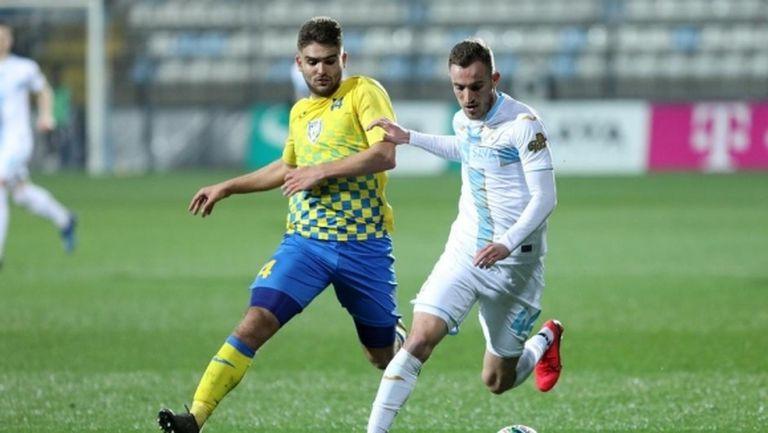 Тежка загуба за отбора на Боби Цонев
