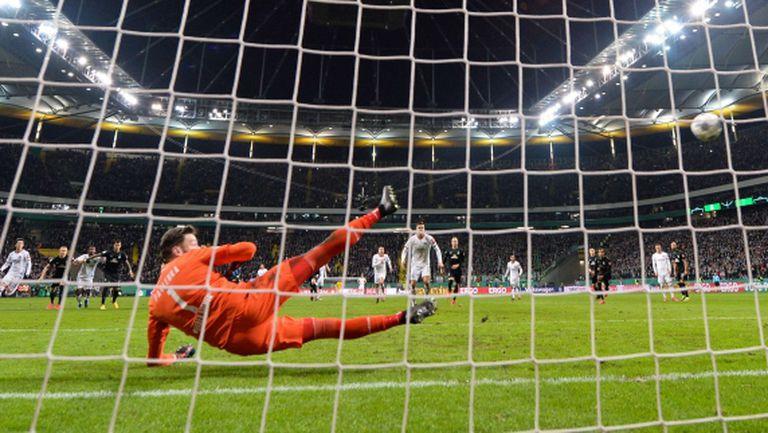 Айнтрахт допълни полуфиналите за Купата на Германия