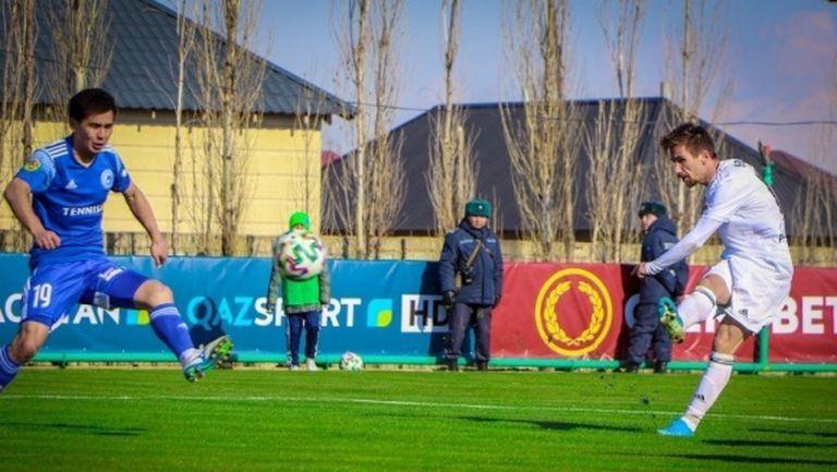 Бивш халф на Берое дебютира с победен гол в Казахстан (видео)