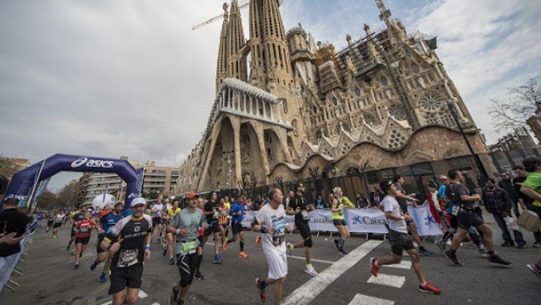 Отложиха маратона на Барселона за октомври
