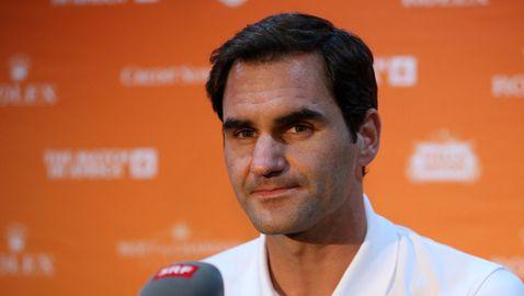 Федерер с важна победа извън корта