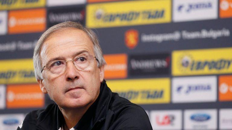 Дерменджиев: Много искам Ивелин Попов в отбора
