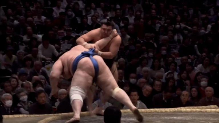 Аояма допусна първа загуба в Осака (видео)