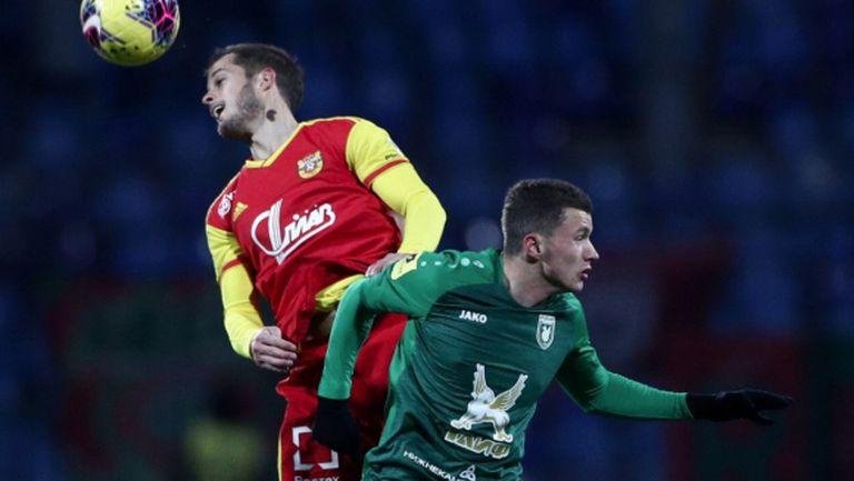 Георги Костадинов беше близо до гола при поражение на Арсенал (Тула)