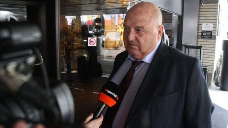 Венци Стефанов: Стига глупости - УЕФА и държавата решават, за нулев сезон говорят простаците