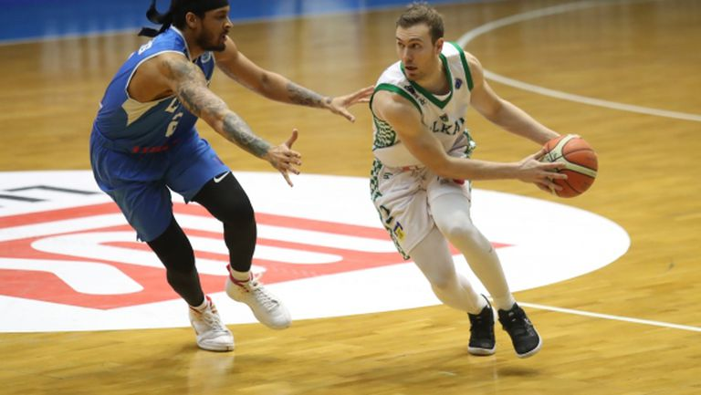 Баскетболист на Балкан се завърна в родината си