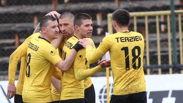 Ботев (Пд) удължава почивката на футболистите